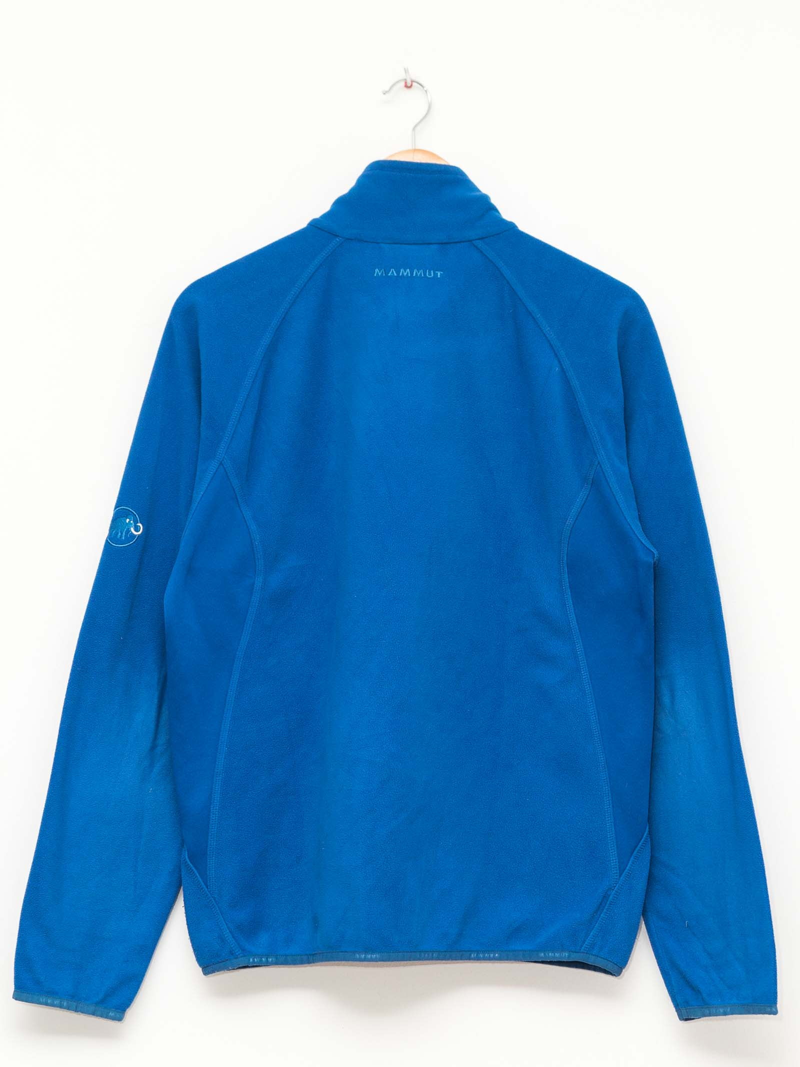 excreament-sportswear-jacket-knitwear-pullover-vintage-shop-fashion-secondhand-clothes (108)